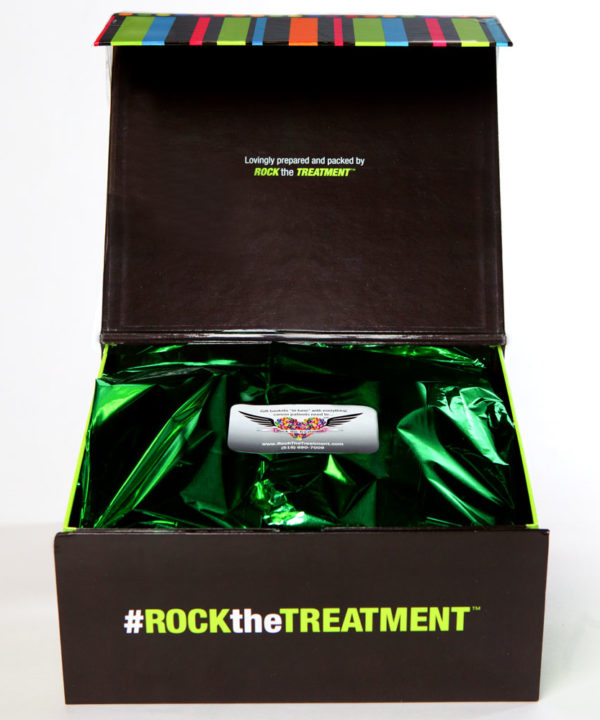 small box image | gift ideas for cancer patients | Rock the Treatment